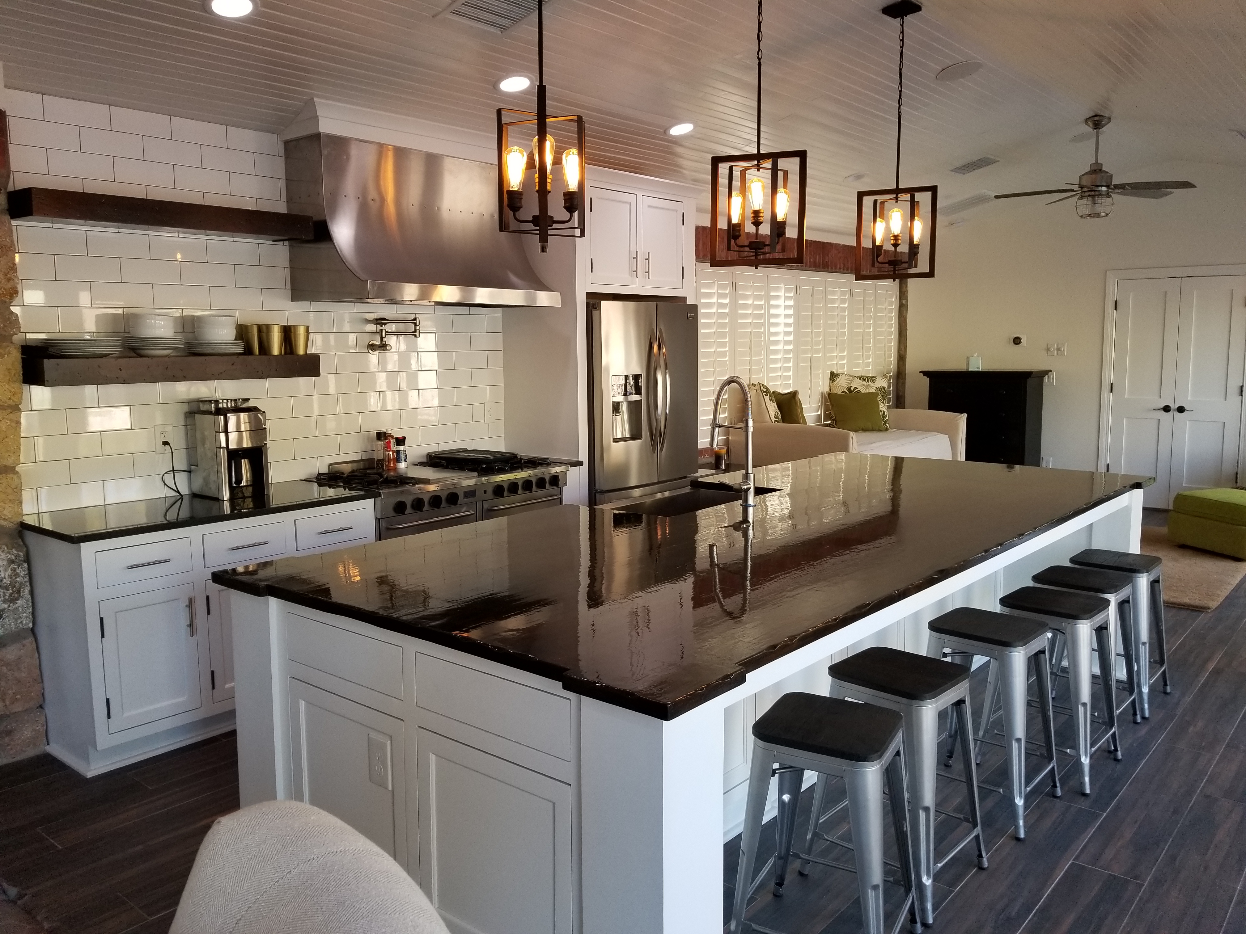 kitchen redesigned by eleganzza