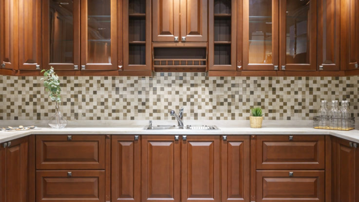 Transform Your Kitchen with Custom Cabinets!
