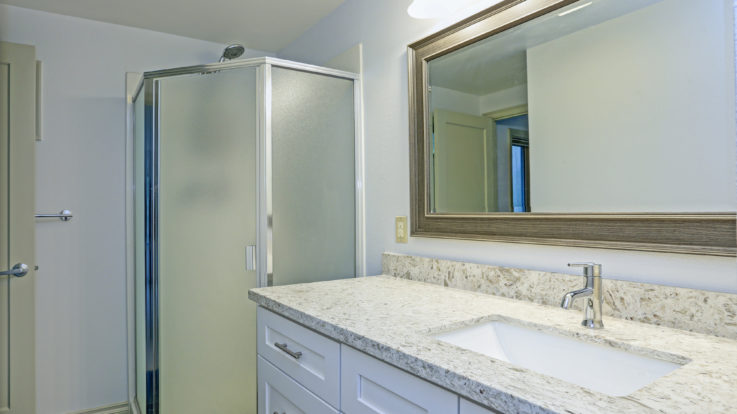 Why Quartz and Granite are the First Choice for Bathroom Elegance