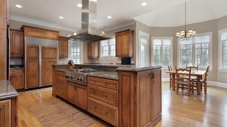 A Look at Cherry Wood for Your Custom Kitchen Cabinets